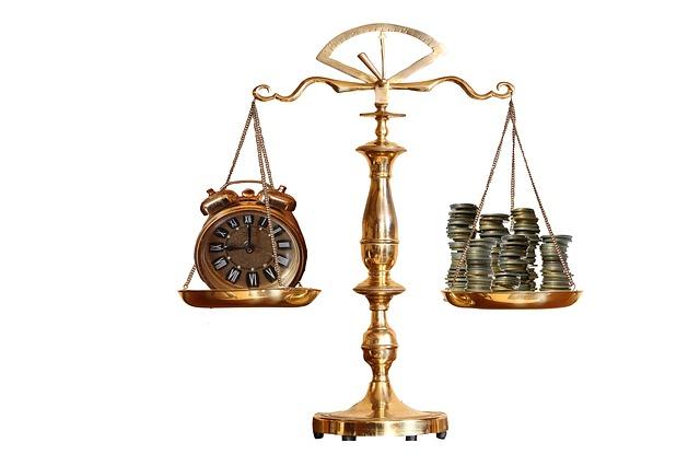 hodiny a peniaze na váhe.jpg